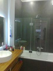 Стеклянные шторки для ванной на заказ